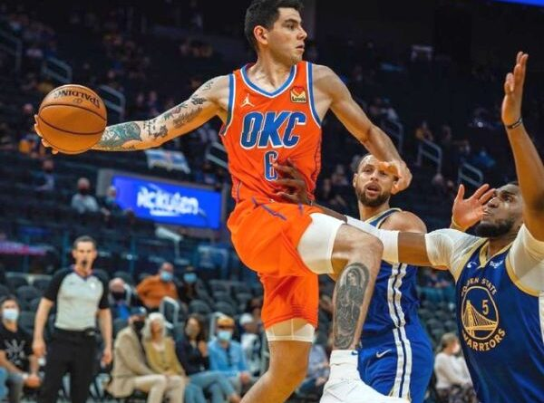 NBA: Paliza de Golden State Warriors al Oklahoma City Thunder de Gabriel Deck
